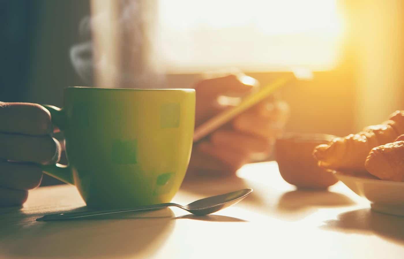 Não pode beber café de estomago vazio