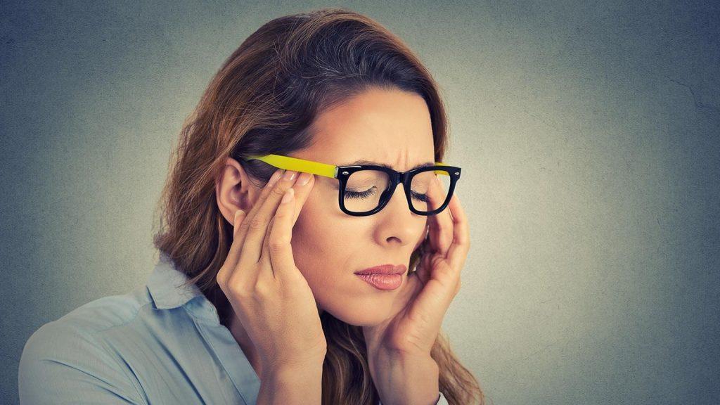 quando o corpo desidratado podemos sentir dor de cabeça