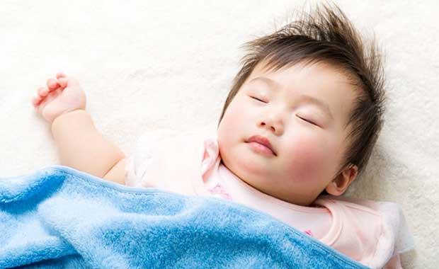 como fazer o bebê dormir a noite toda direto